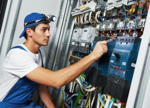 3-tips-before-yo…l-an-electrician